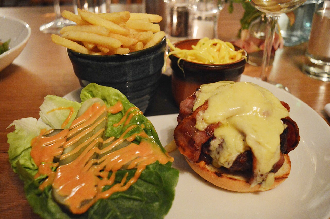 George and Dragon Hurstbourne Tarrant review, FashionFake, food blogs, lifestyle bloggers