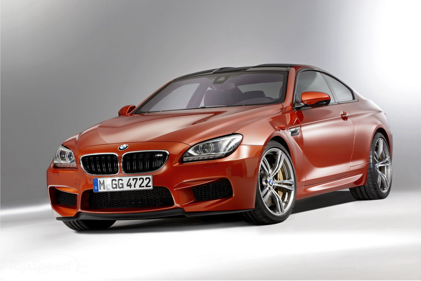 car in 2013 BMW M6 Coupe