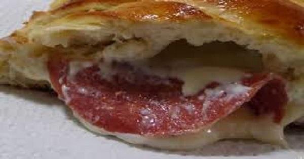 Pão Caseiro Com Recheio de Queijo e Salame (Imagem: Reprodução/Internet)