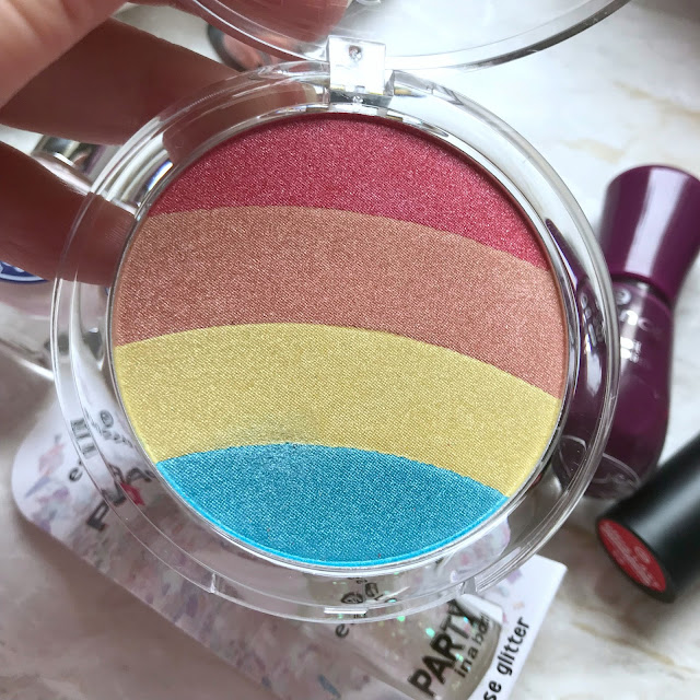 Essence Rainbow Glow Highlighter