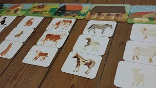tout-petit Montessori cartes classifiées language apprentissage 12 mois animaux petits objets de la maison avis critique chronique assistante maternelle enfant