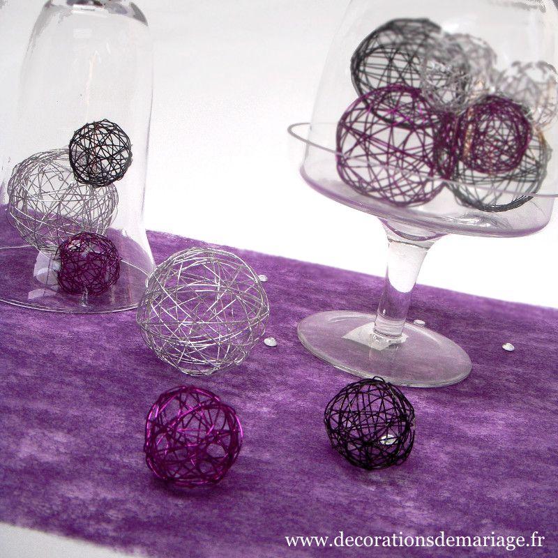 tables en f te d coration de noel avec une cloche en verre 16 id es originales. Black Bedroom Furniture Sets. Home Design Ideas