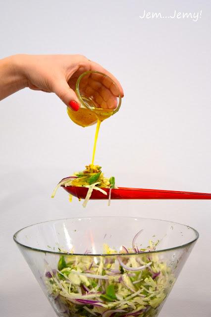 Sałatka z kopru włoskiego i kalarepy