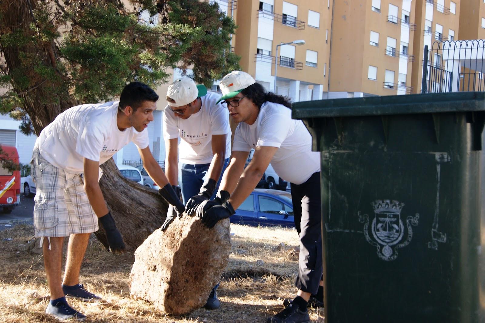 Limpeza Comunitária no Bairro da Boavista - Parabéns! 73e87198f8a29