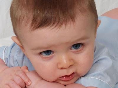 Kisah-Bayi-Sedih