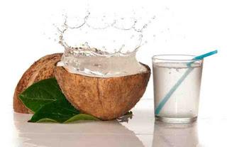 7 Razones Por Las Que Debes Beber Agua De Coco y Desconocías