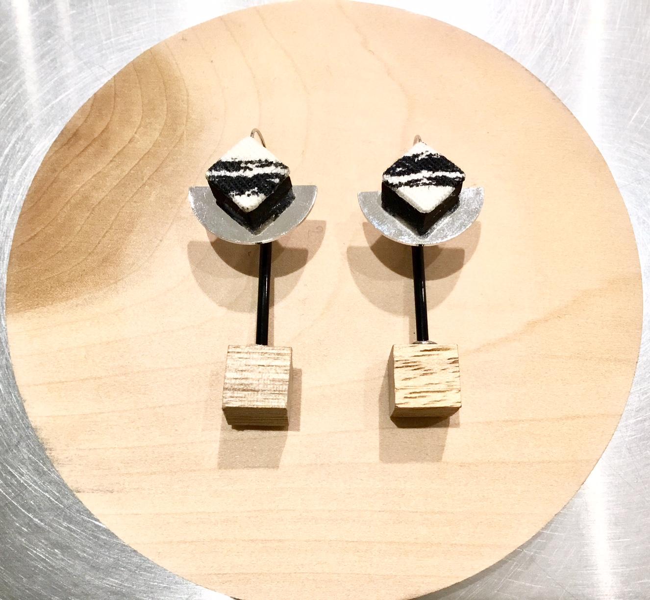 KINARIYA【キナリヤ】Monotone Series thin spot◆eighty88eight 綾川・新居浜