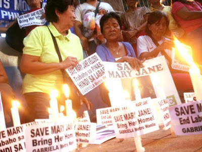 Human rights and migrant worker organisations in both the Philippines and Indonesia have engaged in social media campaigns and widespread public rallies on behalf of Veloso