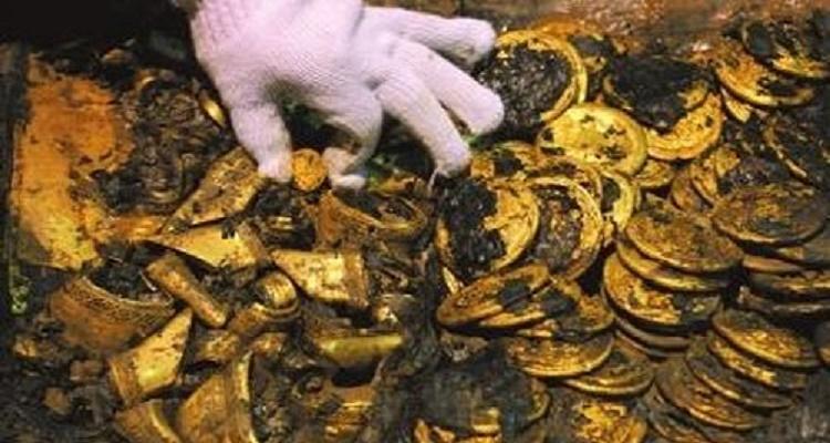 العثور على 17 كيلو ذهب داخل قبر طفلة في السعودية ( فيديو )