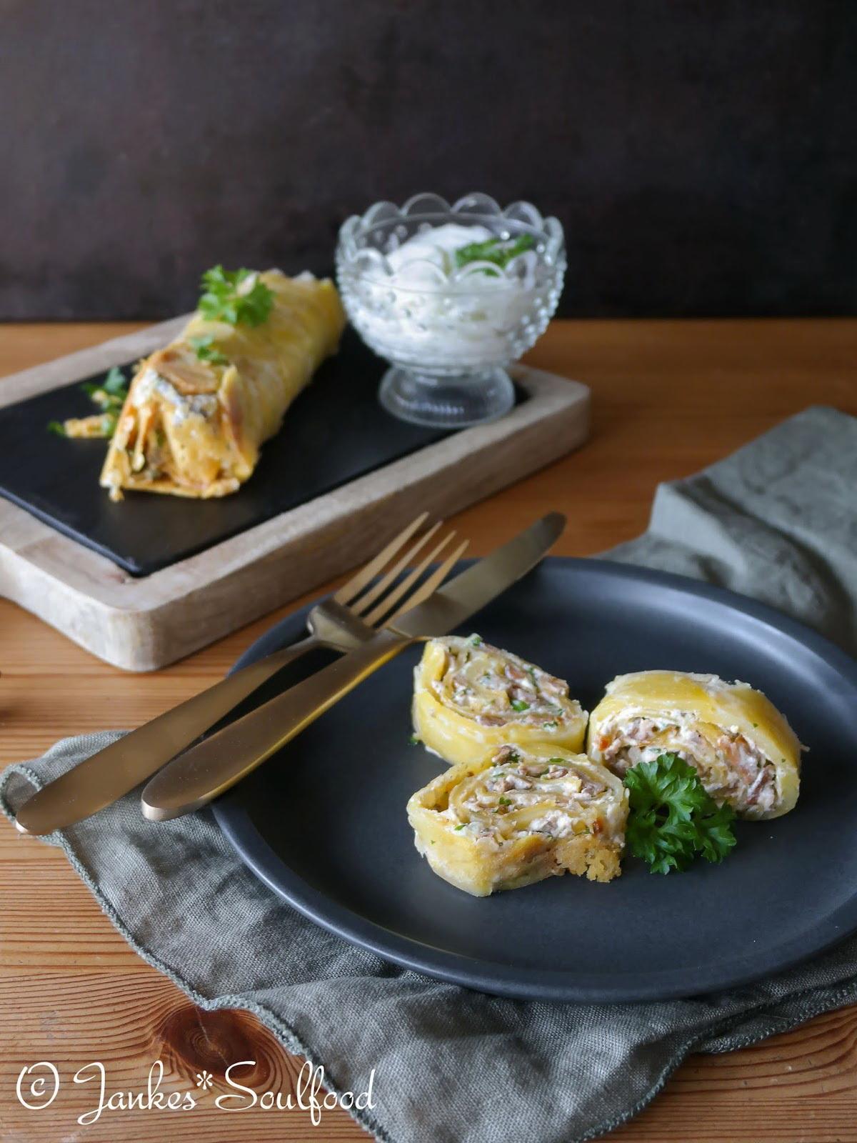 Kartoffelrolle mit Steinpilz-Füllung
