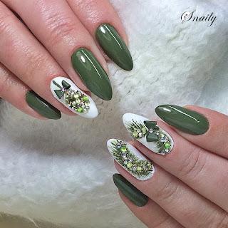 https://snaily-nails.blogspot.com/2017/12/swieta-w-kolorze-khaki.html