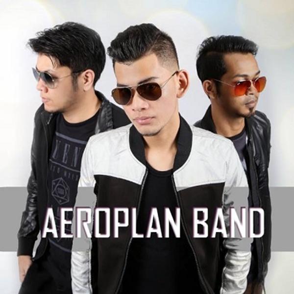 Lirik Lagu AeroPlan Band - Bukan Siapa-Siapa