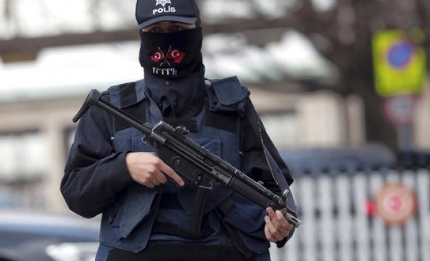 Τουρκία: Υπό κράτηση 192 στρατιωτικοί για σχέσεις με τον Γκιουλέν