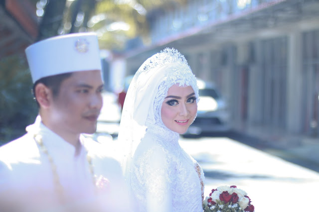 Beuatyshoot Photo | Fotografer Pernikahan Wedding Candid Solo