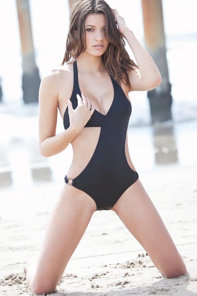 Vanessa Hanson naked 12