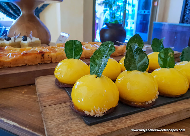 desserts in Movenpick Ibn Battuta brunch