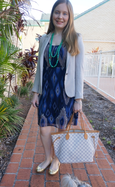 green necklace with navy aztec print dress, jersey blazer and damier azur neverfull MM bag | away from blue