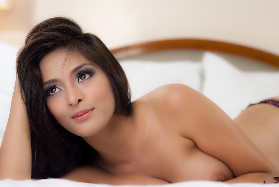 angel malit sexy nude photos 04