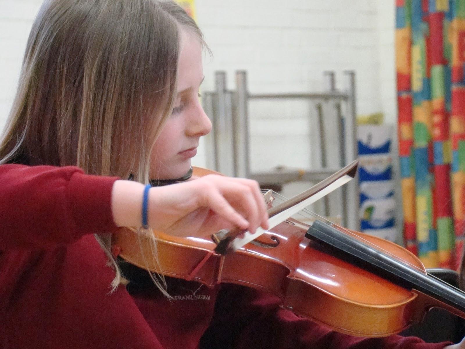 Hitcham's Blog: Violin Concert in School Hall