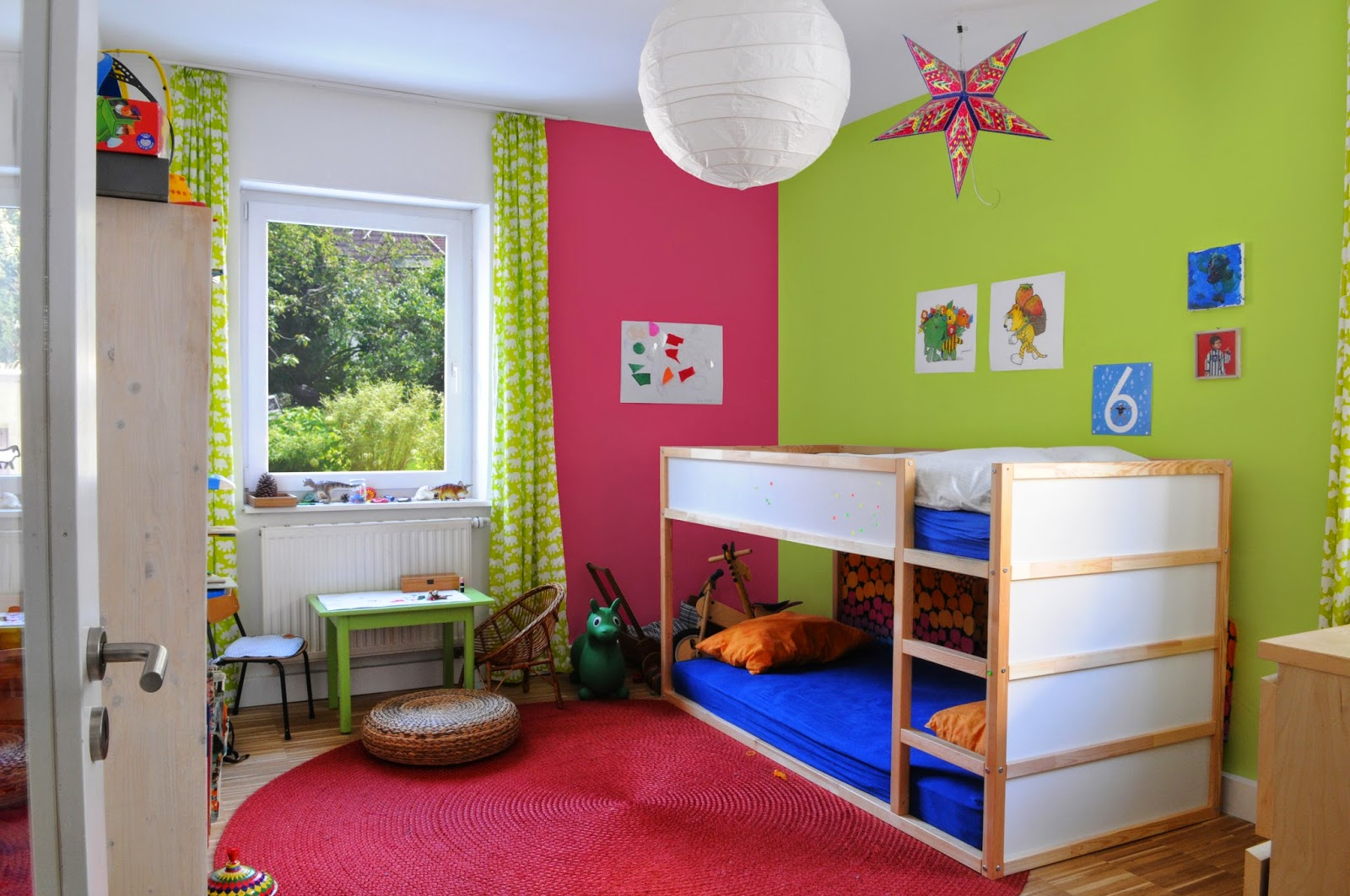 ideas para pintar un dormitorio infantil dormitorios. Black Bedroom Furniture Sets. Home Design Ideas
