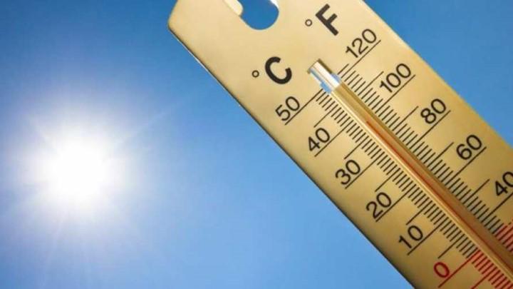 Στο «κόκκινο» η θερμοκρασία σήμερα – Αλλάζει το σκηνικό του καιρού στα βόρεια