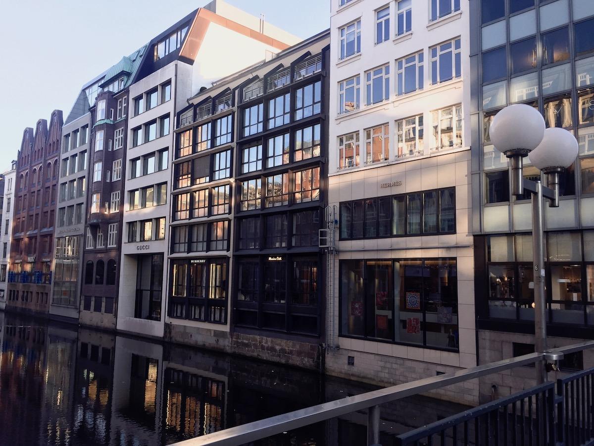 Shopping - Hamburg Traveldiary: Tipps zu tollen Restaurants und Must See's auf http://www.theblondelion.com/2017/02/hamburg-traveldiary-restaurants-spaziergaenge.html