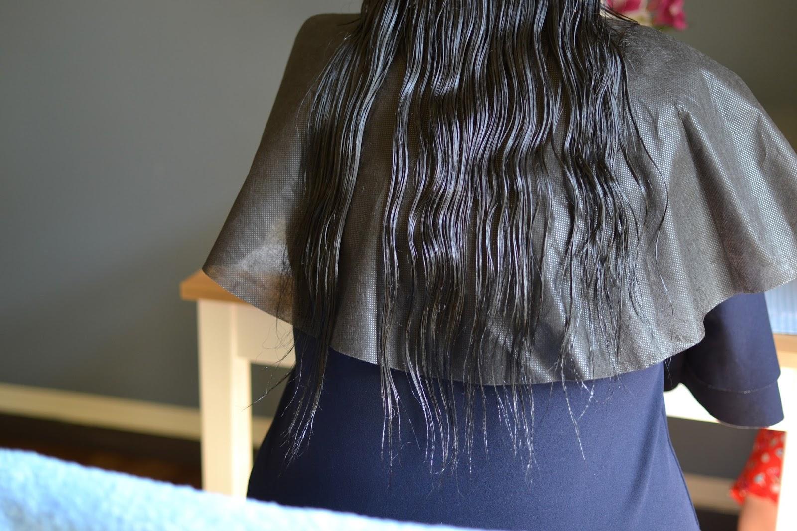 co stosować na łamliwe końce włosów