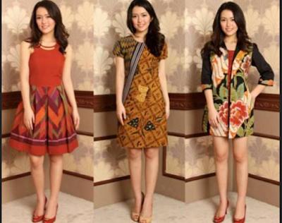 Model baju batik modern wanita untuk pesta semi-casual