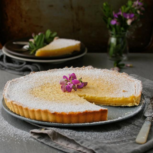 Classic tarte au citron