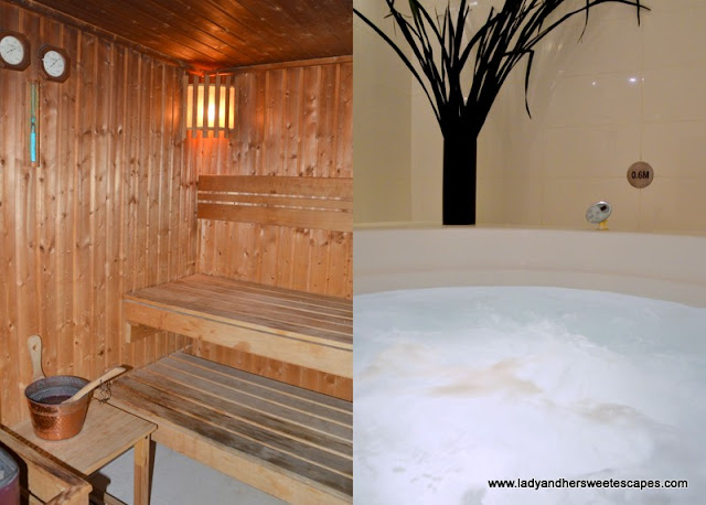 sauna and jacuzzi at Villa Rotana