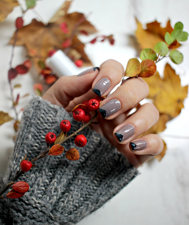 Essie Chinchilly lak za nokte