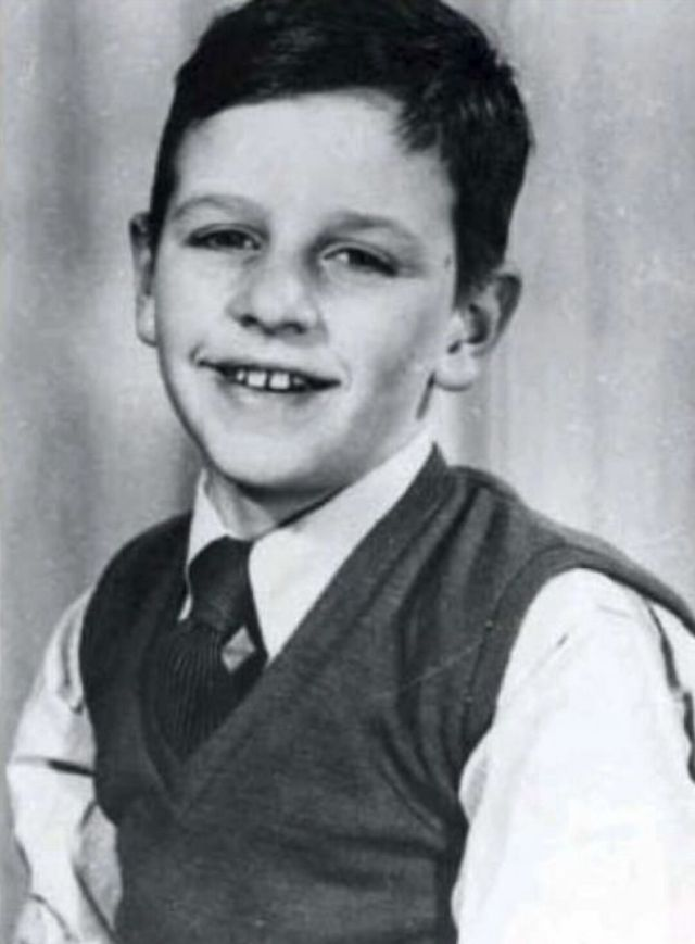 Fascinating Vintage Photographs of Ringo Starr as a Child ...  Fascinating Vin...