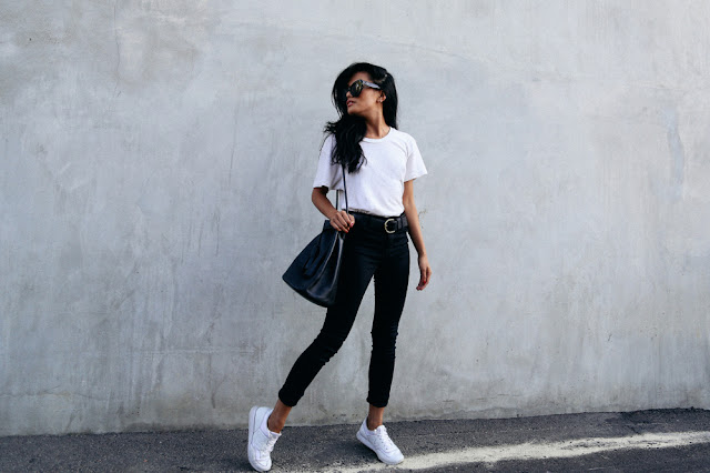 t-shirt bianca come abbinare la t-shirt bianca abbinamenti t-shirt bianca white t-shirt how to wear white t-shirt street style fashion moda estate 2016 mariafelicia magno fashion blogger fashion blog italiani fashion blogger italiane web influencer
