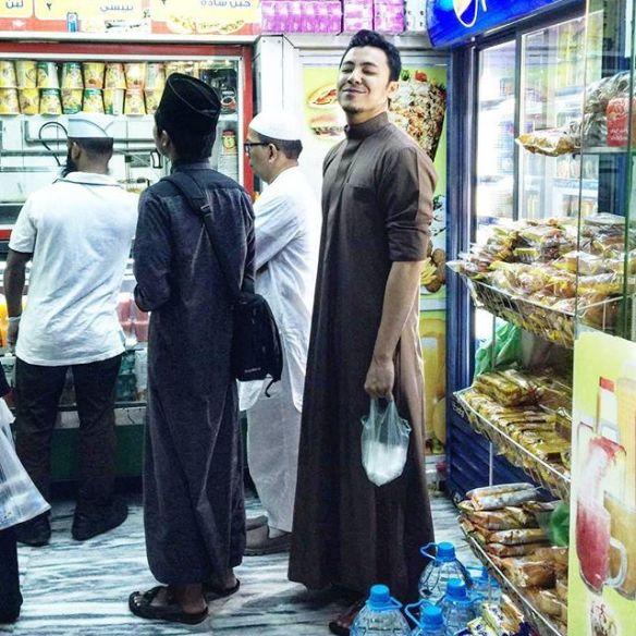 Syamsul Yusof Dan Puteri Sarah Tunaikan Umrah Di Makkah