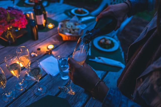 5 SECRETE pentru a organiza o petrecere FABULOASA in gradina casei