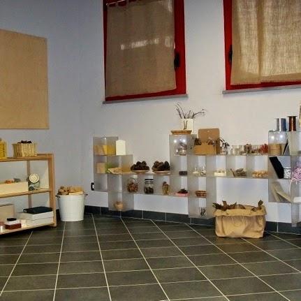 Organizzare lo spazio e arredare con materiali riciclati - Foto 1