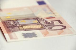 El Ayuntamiento abonará en mayo la mitad restante de la paga extra de 2012