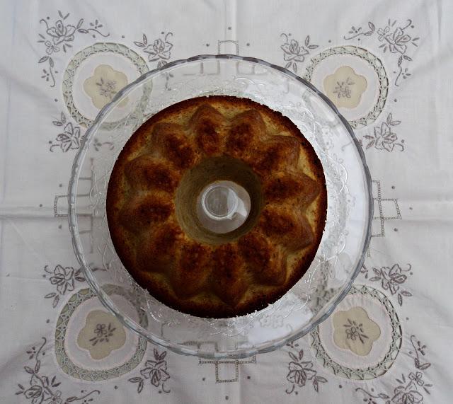 Bundt cake de pudin de vainilla y canela, bizcocho receta casera