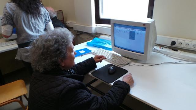 Εκμάθηση χρήσης Η/Υ σε μέλη των ΚΑΠΗ του Δήμου Λαρισαίων