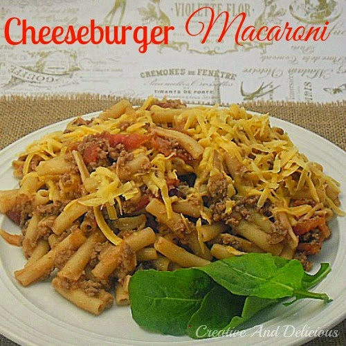Cheeseburger Macaroni ~ Old-Fashioned comfort food & so quick to make as well ! #PastaDish #Cheeseburger #QuickAndEasyRecipe