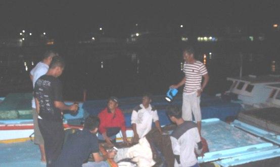 Diduga Tampung Ikan Hasil Bom, 5 ,Perahu Dan Awaknya ,Diamankan