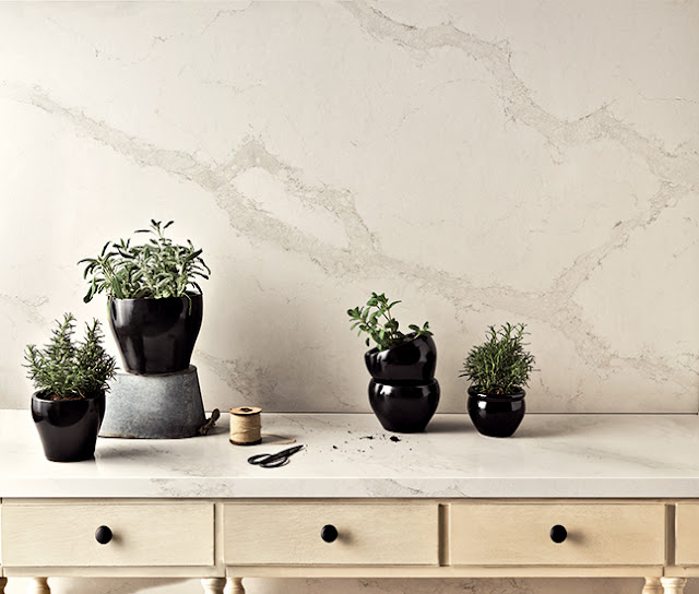 Caesarstone-quartz-Calacatta-Nuvo-countertop-white-kitchen-farmhouse