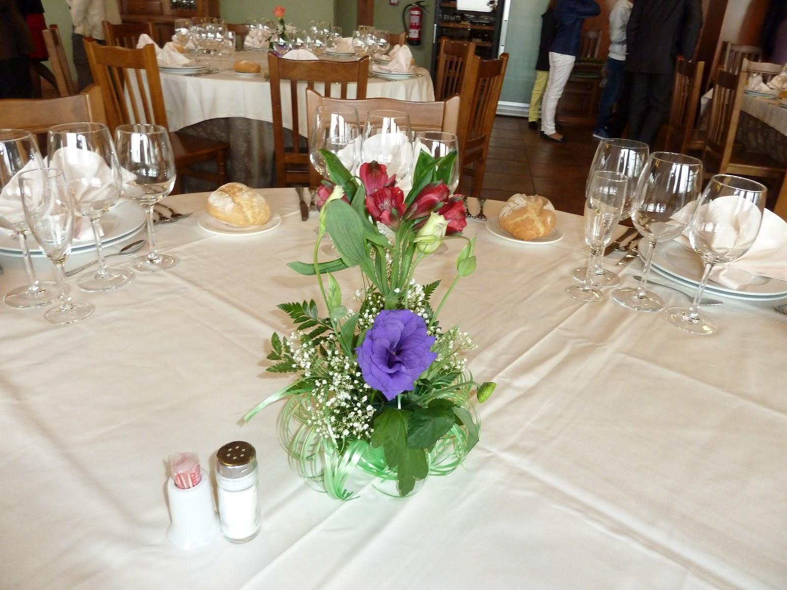 El ba l de la mona diy centros mesa con vasos de vino for Centros de mesa para restaurantes