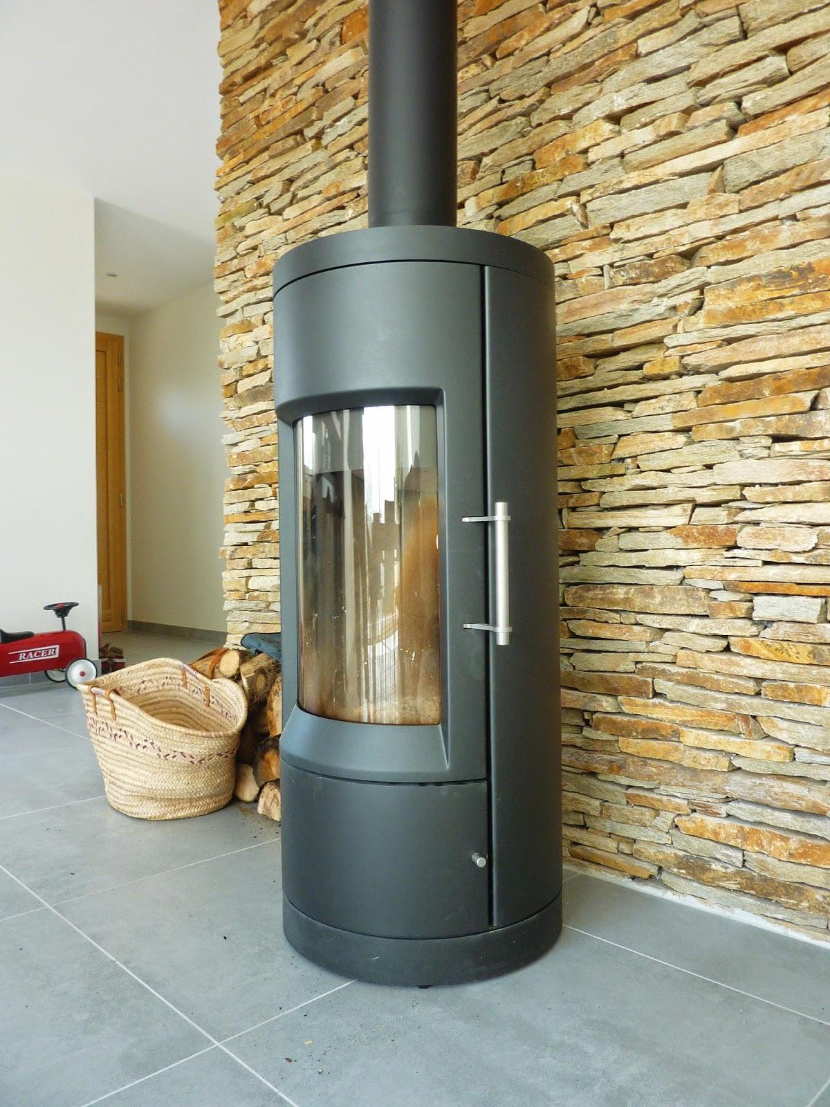 construction bioclimatique autonome vers la construction de maison autonome. Black Bedroom Furniture Sets. Home Design Ideas