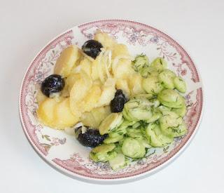 Retete culinare de post salata orientala cu salata de castraveti,