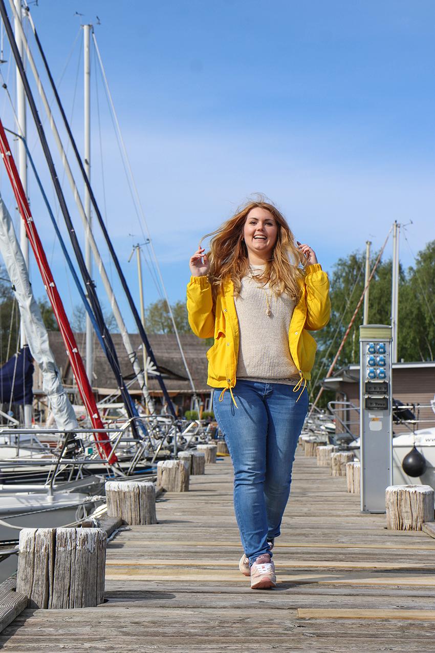 Zeesenbootsegeln im Naturhafen Krummin