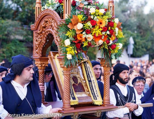Την Ιερά εικόνα της Παναγίας Σουμελά υποδέχτηκαν οι Πόντιοι της Κατερίνης