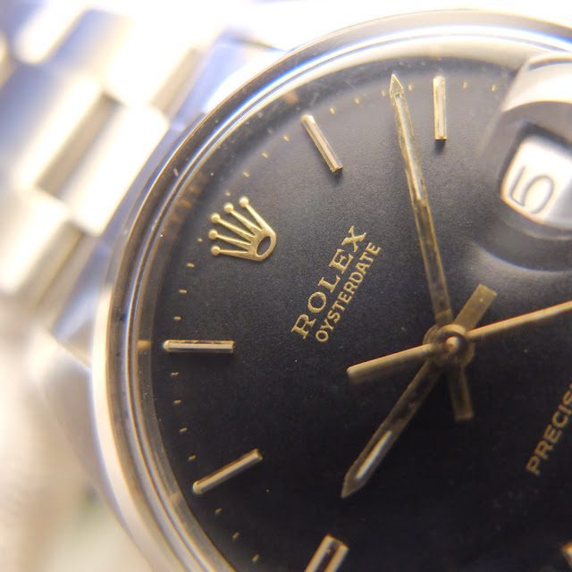 http://dtwatches.com/DT%20PREOWNED%20WATCH%20PHOTO%20GUIDE/002.htm