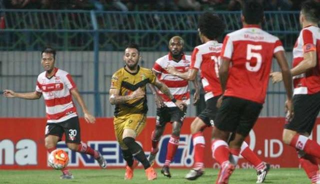 Madura United vs Mitra Kukar