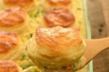 EASY Biscuit Chicken Pot Pie #easydinner #best #easyrecipe #chickenrecipe #potpie #whole30 #ketodinner #lowcarb